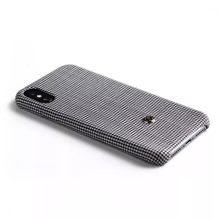 Чехол Revested Timeless Hard для iPhone X/XS - Houndstooth Grey. Вид 3
