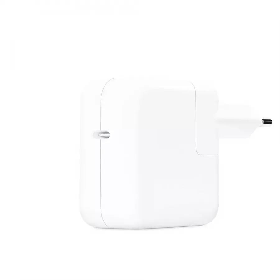 Адаптер питания USB-C мощностью 30 Вт. Вид 3
