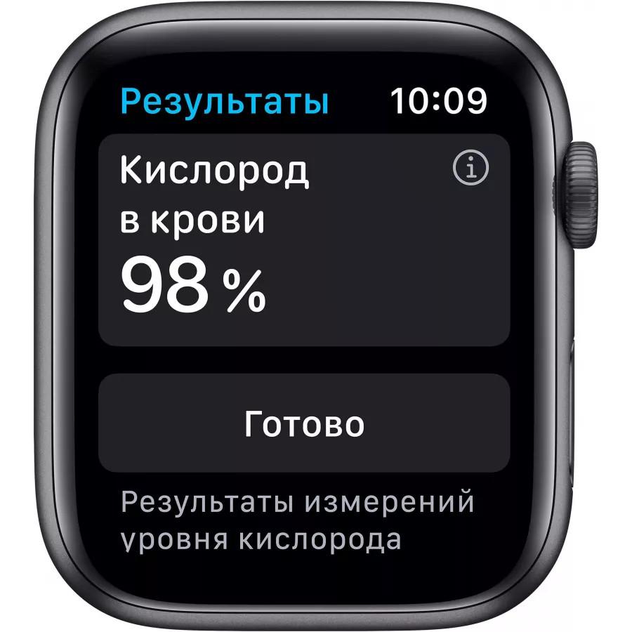 Apple Watch Series 6 44mm, алюминий цвета «серый космос», спортивный ремешок черного цвета. Вид 3