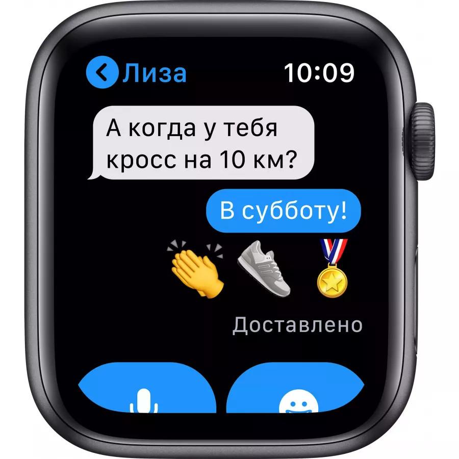 Apple Watch Series 6 44mm, алюминий цвета «серый космос», спортивный ремешок черного цвета. Вид 5