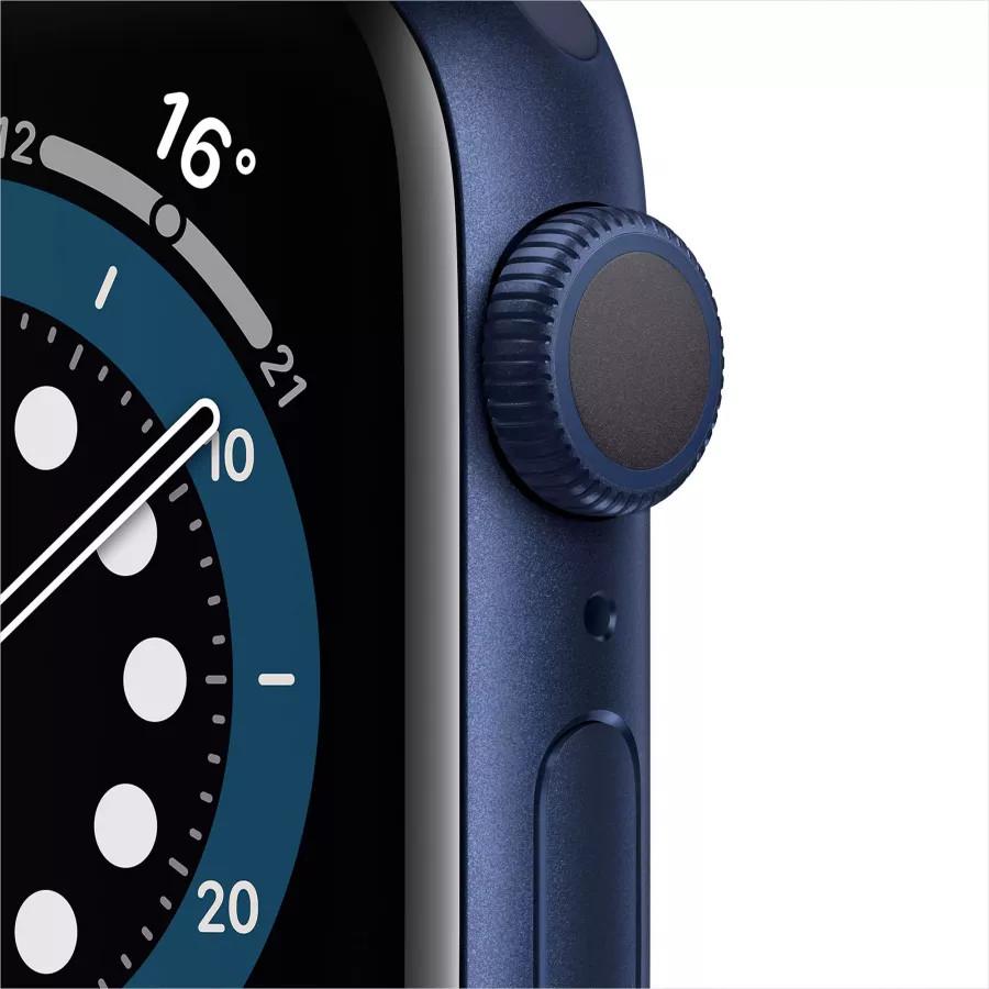Apple Watch Series 6 40mm, алюминий синего цвета, спортивный ремешок темно-синего цвета. Вид 2