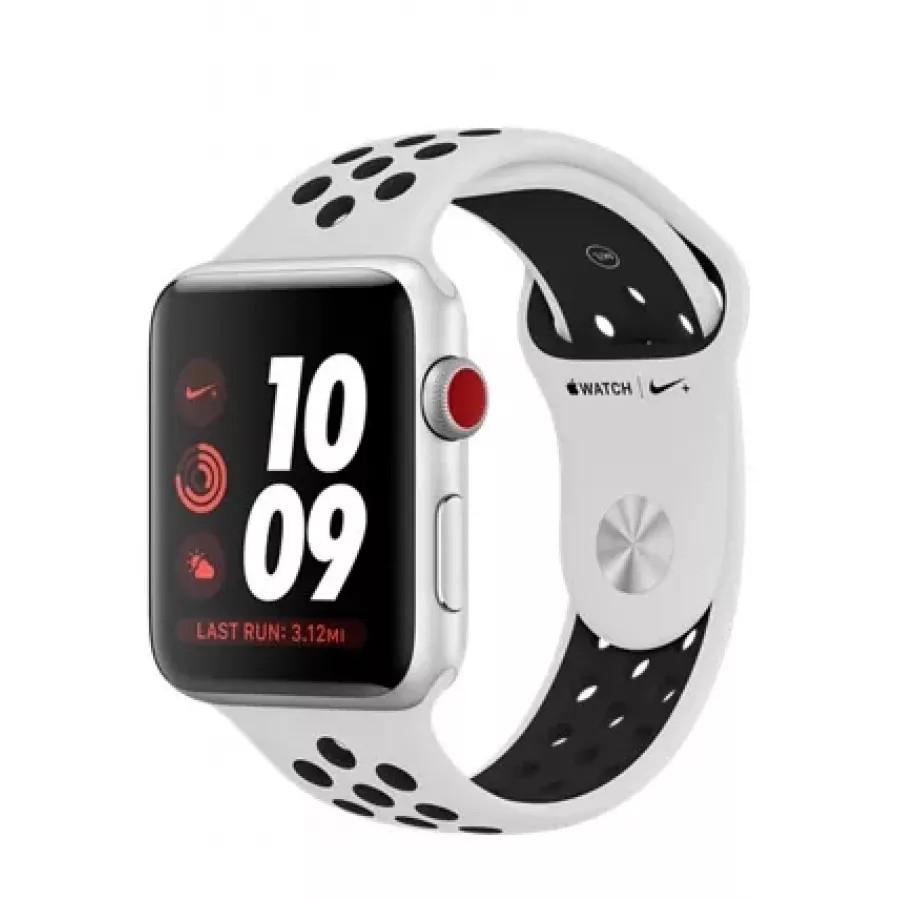 Apple Watch Nike+ CELLULAR 42mm, серебристый алюминий, спортивный ремешок Nike цвета «чистая платина/чёрный». Вид 1
